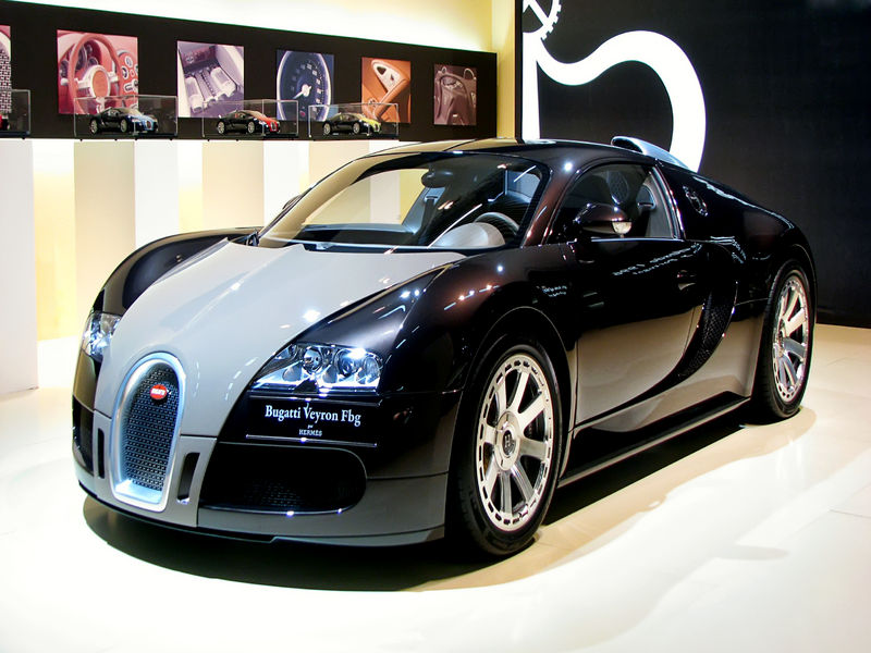 bugatti veyron un auto que revoluciono el automovilismo. Black Bedroom Furniture Sets. Home Design Ideas