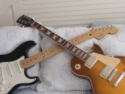 Les Paul vs. Stratocaster! (+Yapa)