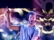Calvin Harris sufrió un accidente de auto