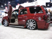 Autos, motos, monster truck Tuning Varios