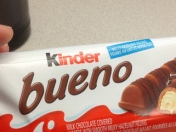 Hallan sustancias cancerígenas en chocolate Kinder