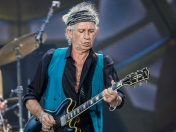 Keith Richards llama basura a disco de los Beatles